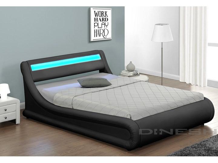łóżko 140 Z Materacem Tapicerowane 138 Led Czarne
