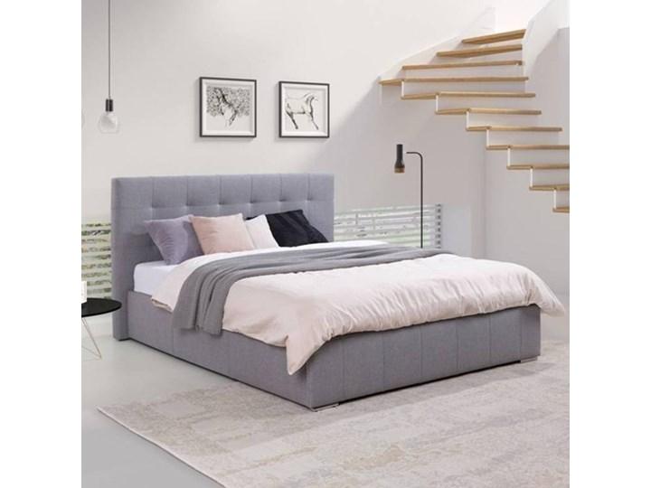 Klasyczne łóżko Tapicerowane Do Sypialni Arianna Z Przeszyciami Na Zagłówku