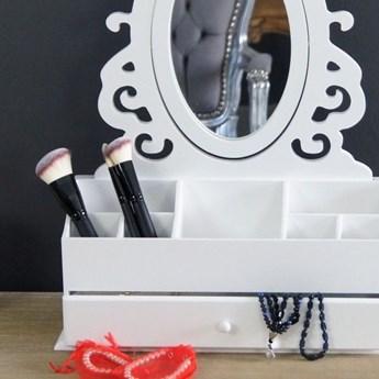 Toaletka z serii Romantic, przegrody, lustro, matowa biel.
