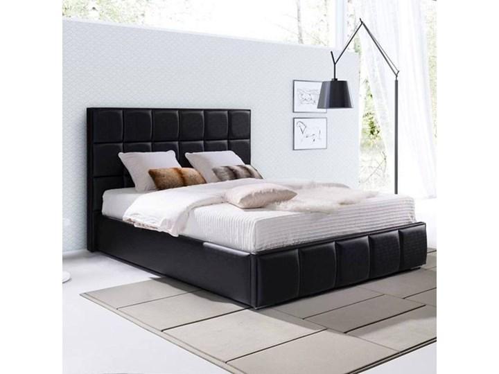 Klasyczne łóżko Tapicerowane Do Sypialni Patrizia Przeszycia W Kwadraty