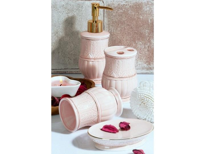 Komplet różowych dodatków łazienkowych Orient
