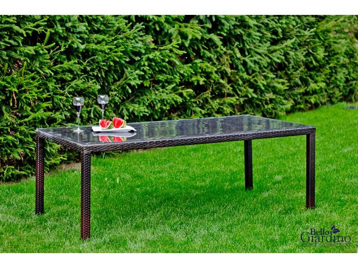 Meble obiadowe z czarnego technorattanu GUSTOSO Tworzywo sztuczne Aluminium Zawartość zestawu Stół Stoły z krzesłami Zestawy obiadowe Kolor Czarny