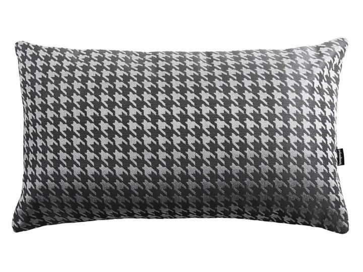 Szara poduszka w pepitkę