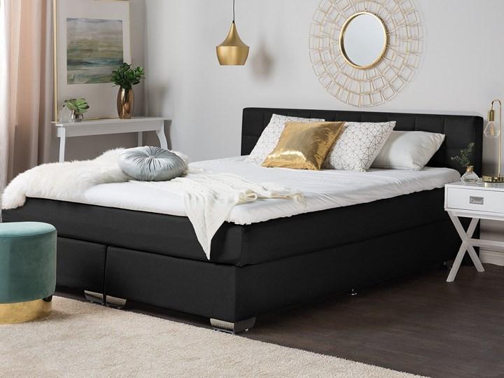 Łóżko kontynentalne czarne tapicerowane 180 x 200 cm dwuosobowe z materacem i pikowanym zagłówkiem Łóżko tapicerowane Rozmiar materaca 180x200 cm