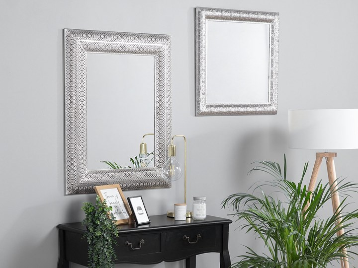 Lustro ścienne wiszące srebrne 70 x 90 cm prostokątne vintage retro sypialnia salon łazienka Lustro z ramą Kolor Srebrny Kategoria Lustra