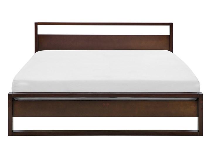 Łóżko ze stelażem ciemne drewno sosnowe 140 x 200 cm z zagłówkiem styl retro Łóżko drewniane Kategoria Łóżka do sypialni