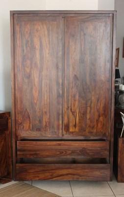 Nowoczesna szafa z litgo palisandru - Szafy do sypialni - zdjęcia, pomysły, inspiracje - Homebook