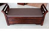 Ławka drewniana z pojemnikiem i poduszką