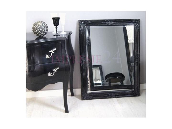 Lustro w czarnej, drewnianej ramie, styl barokowy.