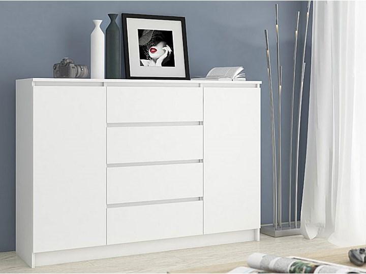 Komoda Intia 2X - biała Pomieszczenie Pokój nastolatka Z szafkami i szufladami Wysokość 97 cm Szerokość 40 cm Styl Nowoczesny