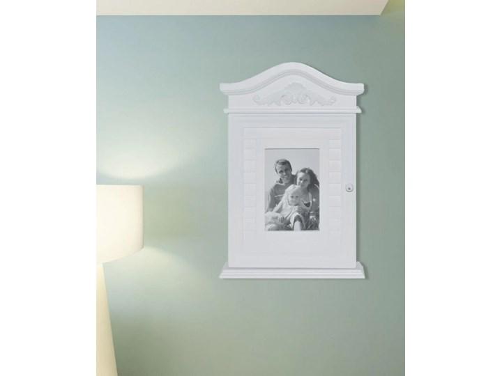 Biała szafka na klucze z ramką na zdjęcie kod: V-241149