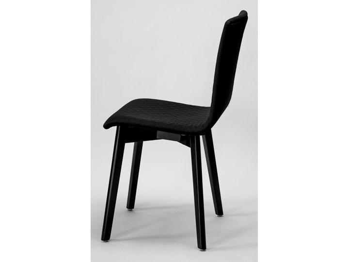 GRIM krzesło drewniane czarne Płyta MDF Pikowane Szerokość 42 cm Głębokość 38 cm Tkanina Wysokość 86 cm Drewno Tapicerowane Głębokość 41 cm Styl Nowoczesny