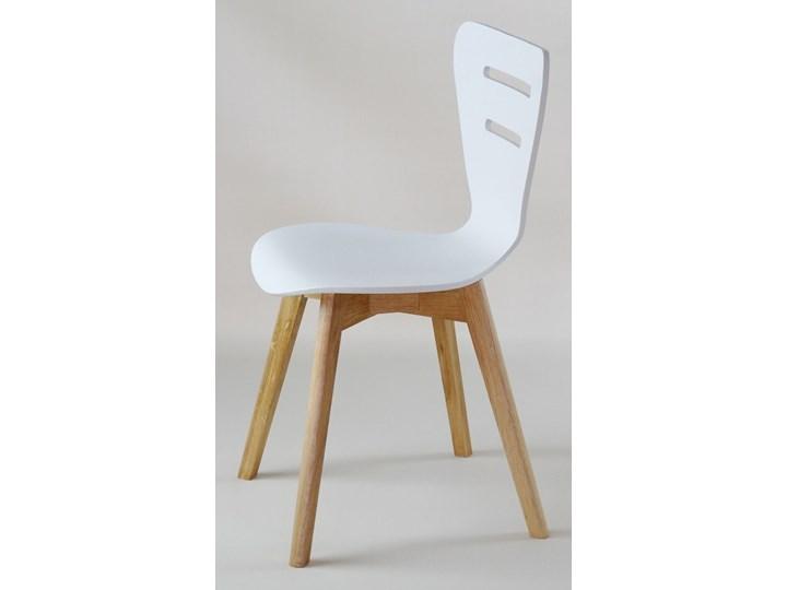 DORIS W krzesło drewniane białe, dębowa rama Głębokość 40 cm Głębokość 43 cm Kolor Biały Drewno Szerokość 43 cm Wysokość 82 cm Styl Klasyczny