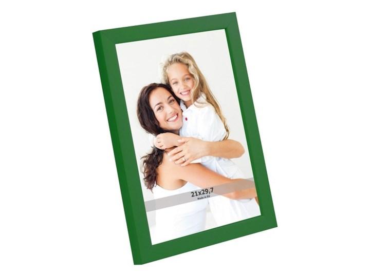 Ramka na zdjęcia 21 x 29,7 cm zielona Tworzywo sztuczne Rozmiar zdjęcia 24x32 cm