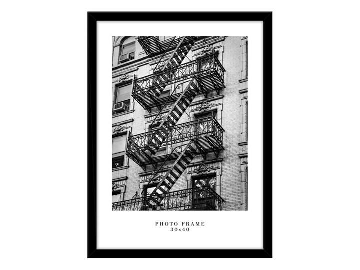 Ramka na zdjęcia Floryda 30 x 40 cm czarna Kategoria Ramy i ramki na zdjęcia Drewno Pomieszczenie Salon