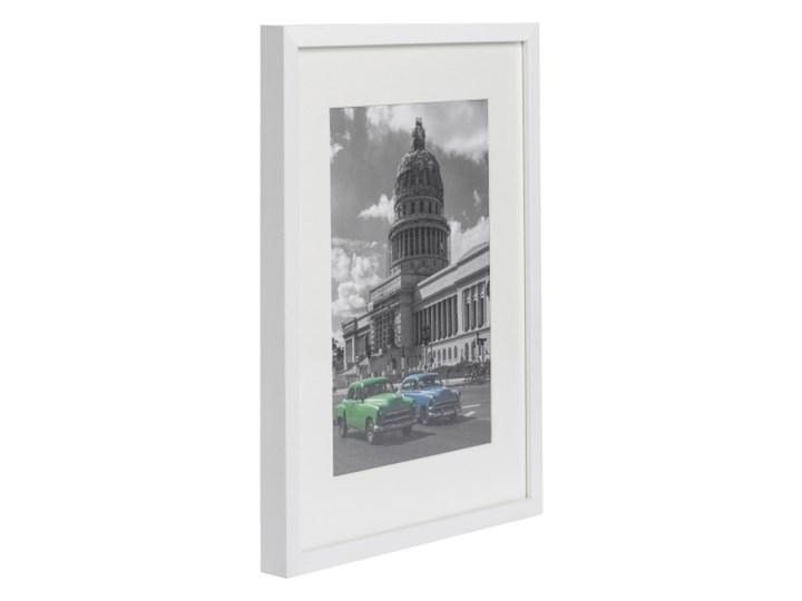 Ramka na zdjęcia Simple 30 x 40 cm biała