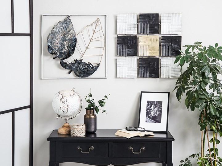 Dekoracja ścienna wisząca biało-czarna metalowa 50 x 50 cm geometryczna ozdoba w kwadraty Kolor Czarny Pomieszczenie Sypialnia