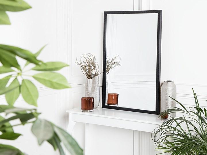 Lustro ścienne wiszące czarne 60 x 90 cm dekoracyjne Prostokątne Lustro z ramą Pomieszczenie Sypialnia Styl Klasyczny