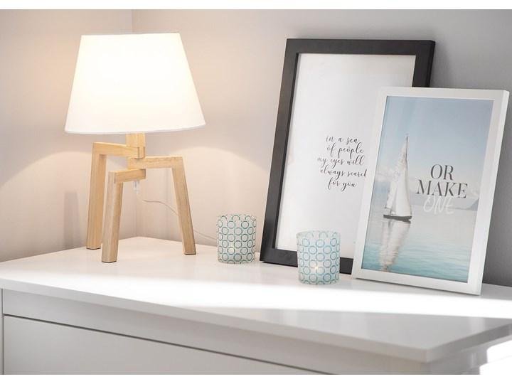 Lampa stołowa biała jasne drewno 42 cm trójnóg skandynawska Lampa z abażurem Styl Skandynawski Lampa nocna Kategoria Lampy stołowe