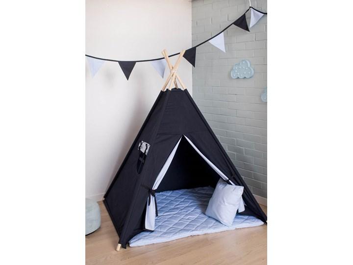Błękitna Szybkość – namiot tipi