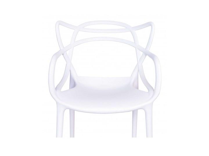 Krzesło LILLE  białe Szerokość 40 cm Głębokość 45 cm Krzesło inspirowane Tworzywo sztuczne Z podłokietnikiem Wysokość 81 cm Szerokość 55 cm Kategoria Krzesła kuchenne