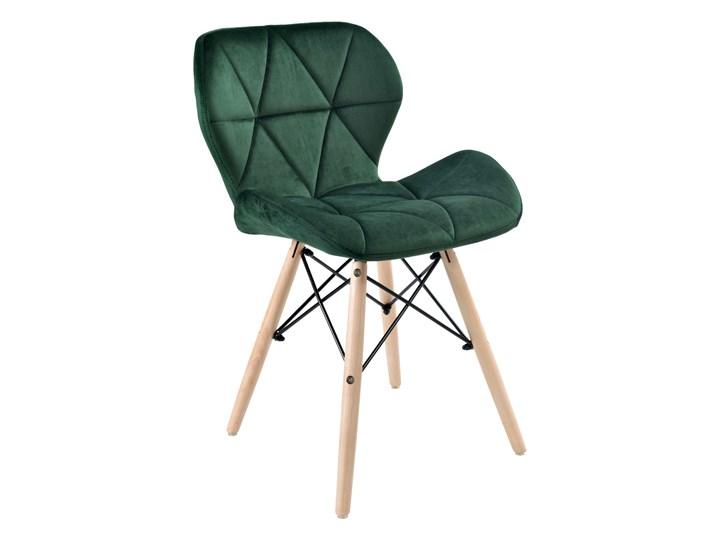 Krzesło tapicerowane MURET VELVET DSW - aksamitny ciemnozielony Skóra ekologiczna Tkanina Styl Nowoczesny Metal Drewno Drewno Metal Tkanina Drewno Metal Styl Skandynawski