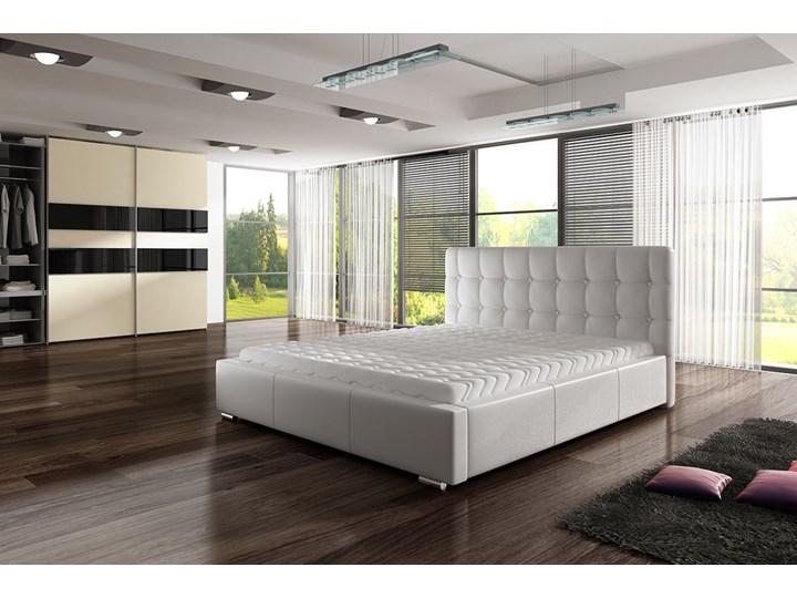 SELSEY Łóżko tapicerowane Adrietta z pojemnikiem Tkanina Drewno Metal Kategoria Łóżka do sypialni Skóra naturalna Ekoskóra Styl Klasyczny