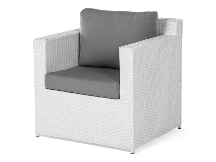 Zestaw mebli ogrodowych 5-osobowy biały rattan szare poduszki sofa 2 fotele pufa stolik Tworzywo sztuczne Kategoria Zestawy mebli ogrodowych Technorattan Aluminium Zestawy wypoczynkowe Styl Nowoczesny