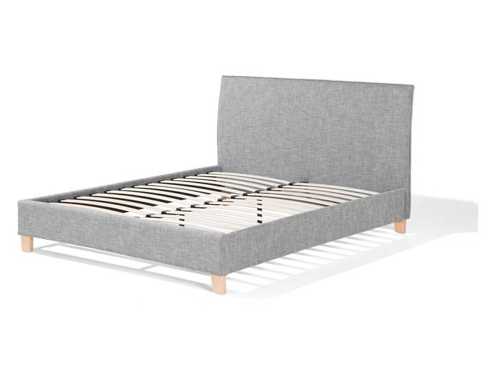 Łóżko szare tapicerowane 160 x 200 cm dwuosobowe ze stelażem i zagłówkiem styl skandynawski Łóżko tapicerowane Kolor Szary Kategoria Łóżka do sypialni
