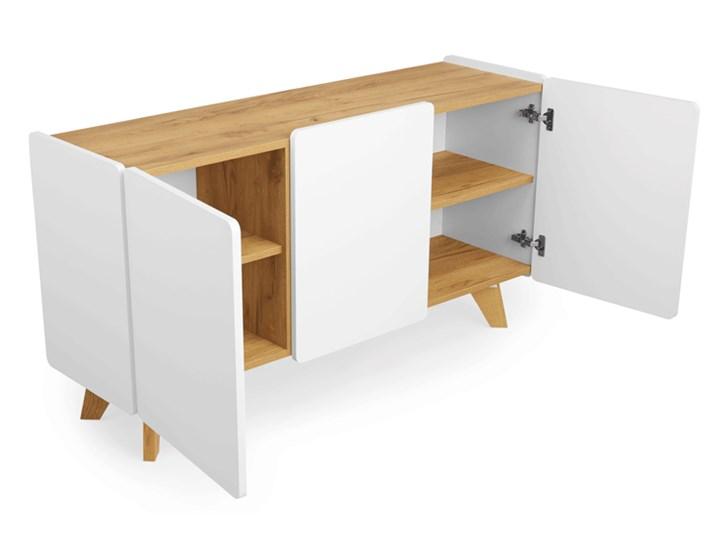 Skandynawska komoda z półkami Larso 3X Pomieszczenie Sypialnia Z szafkami Pomieszczenie Salon