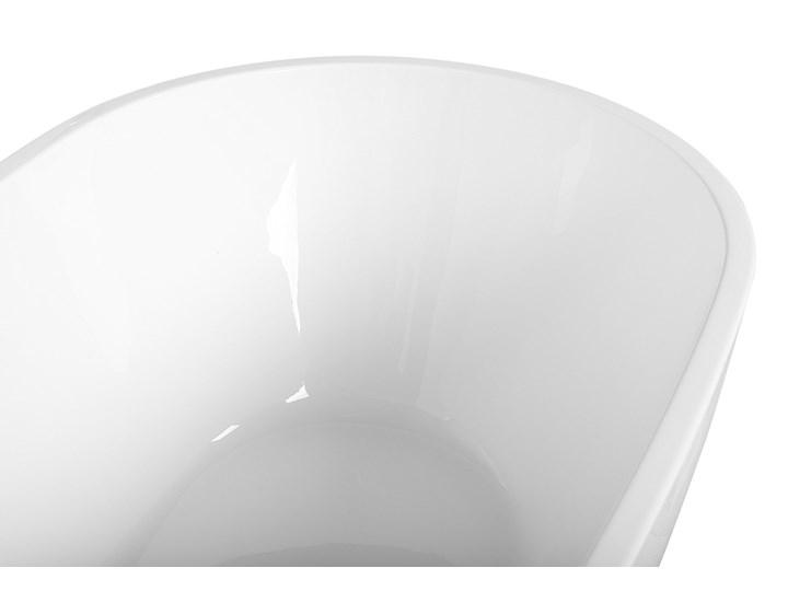 Wanna wolnostojąca biała akrylowa 167 x 82 cm owalna Kolor Biały Długość 173 cm Wolnostojące Kategoria Wanny