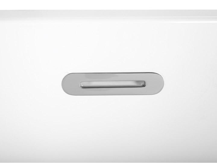 Wanna wolnostojąca biała akrylowa 167 x 82 cm owalna Wolnostojące Kolor Biały Długość 173 cm Kategoria Wanny