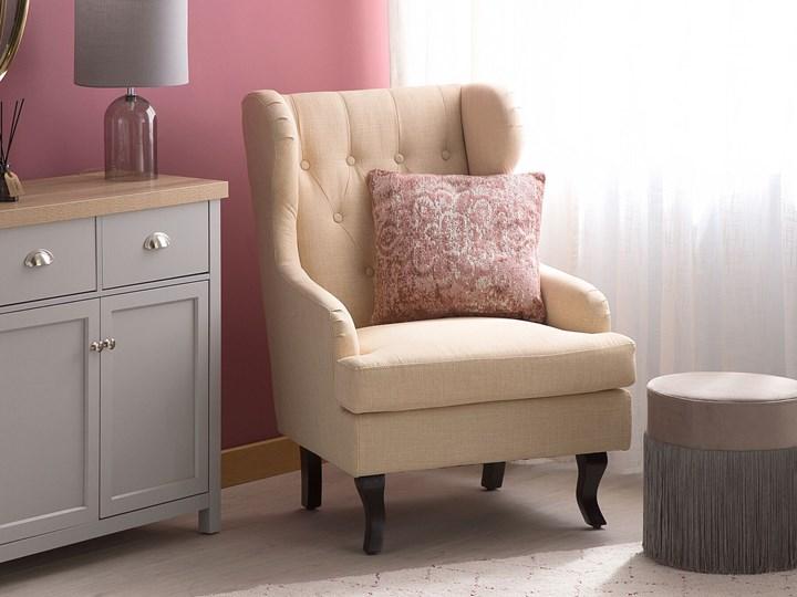 Fotel uszak beżowy tapicerowany pikowany wysokie oparcie vintage retro salon Drewno Styl Klasyczny Tworzywo sztuczne Tkanina Fotel pikowany Fotel tradycyjny Styl Nowoczesny