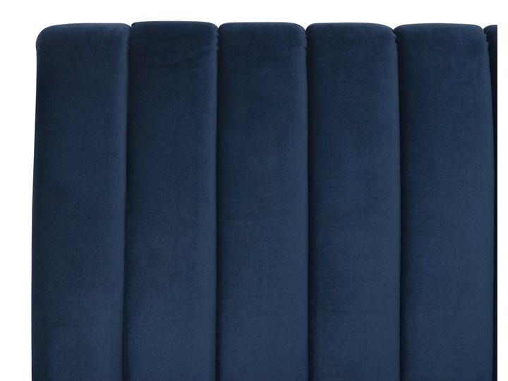 Łóżko ze stelażem niebieskie tapicerowane welurem złote nóżki 160 x 200 cm wysokie wezgłowie retro design Łóżko tapicerowane Kolor Złoty