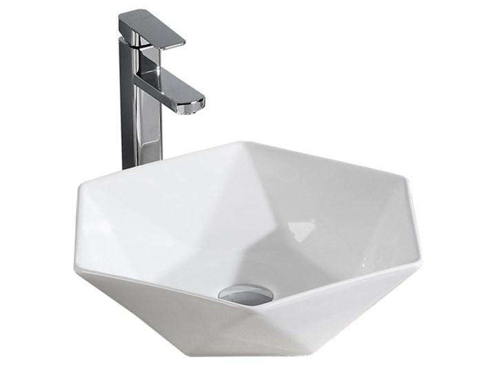 VELDMAN CERAMICZNA UMYWALKA NABLATOWA SONET ROZMIARY Szerokość 57 cm Ceramika Meblowe Nablatowe Kategoria Umywalki Asymetryczne Kolor Biały