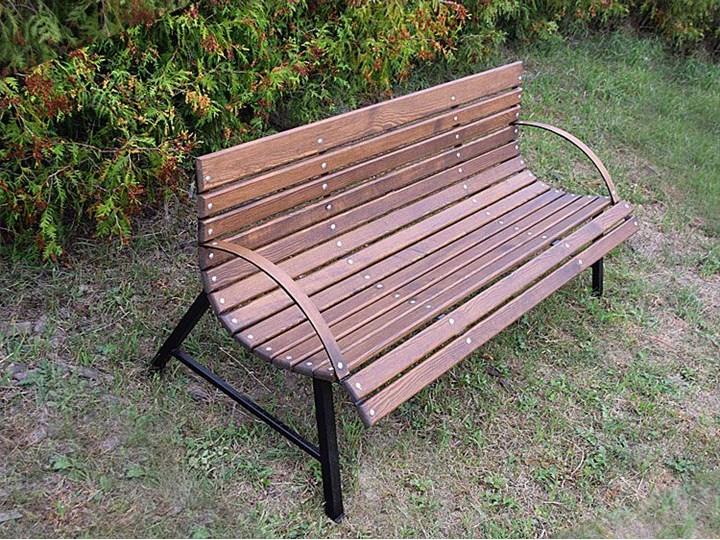 Retro ławka do ogrodu Wagris 200 cm - orzech Z oparciem Stal Drewno Styl Vintage Kategoria Ławki ogrodowe