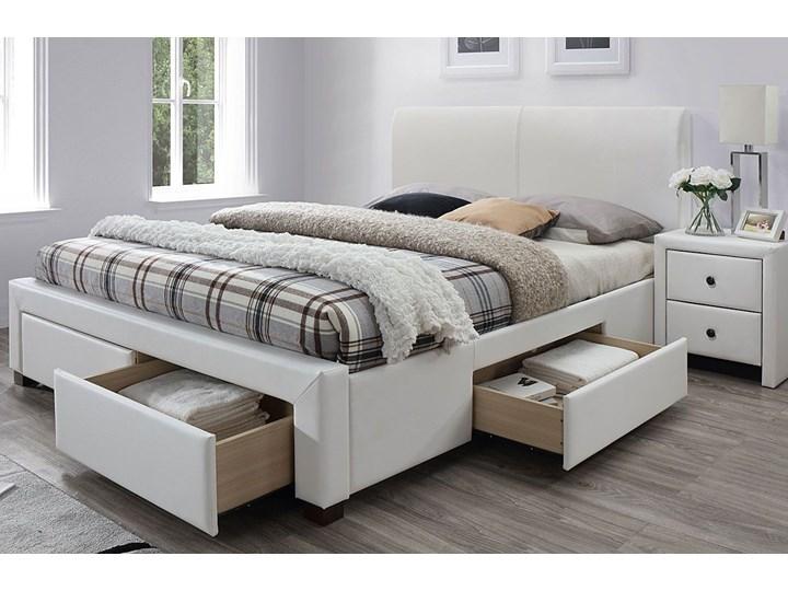 Łóżko białe Moris 2X 160x200 Łóżko tapicerowane Kolor Biały