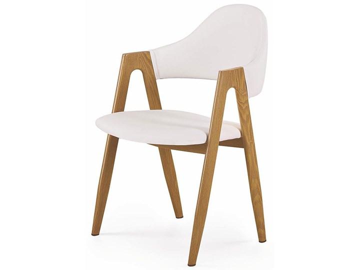 Krzesło z podłokietnikami Ebris - białe Z podłokietnikiem Wysokość 80 cm Szerokość 53 cm Styl Skandynawski