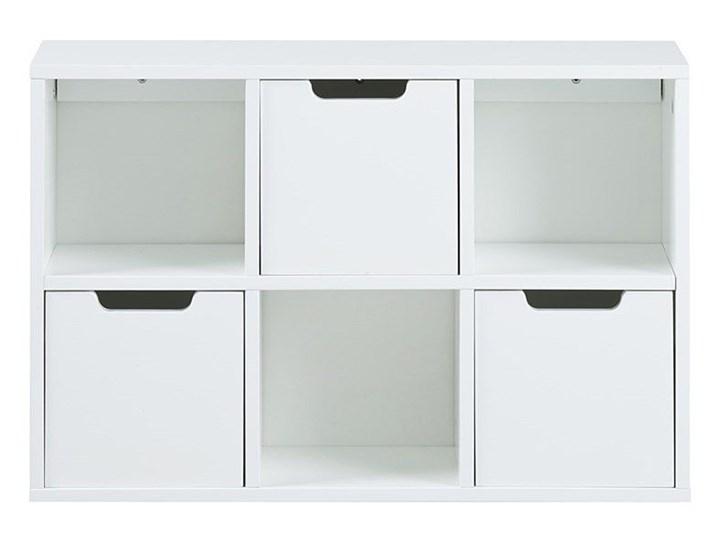 Skandynawski regał Sfiena - biały Wysokość 39 cm Uniwersalne Kategoria Witryny Szerokość 58 cm Pomieszczenie Salon