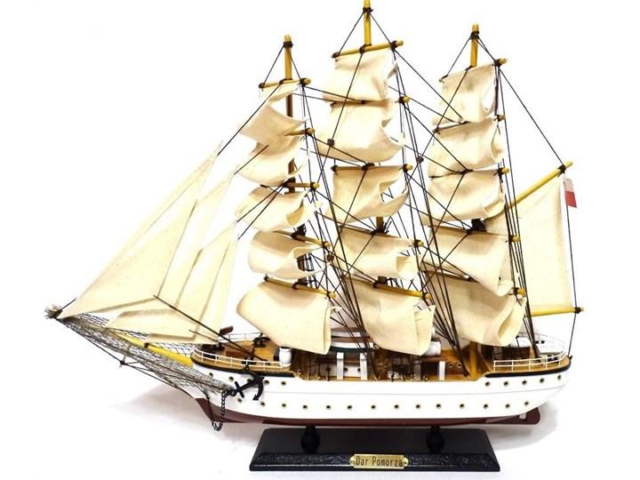 Model żaglowca - Dar Pomorza
