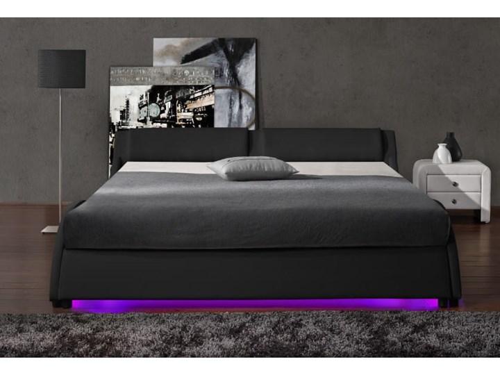 ŁÓŻKO 160x200 Z MATERACEM - BOLZANO LED - EKOSKÓRA CZARNE Kolor Czarny Łóżko tapicerowane Kolor Szary