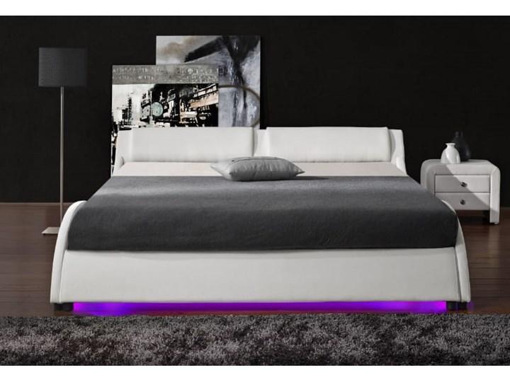 ŁÓŻKO 140x200 TAPICEROWANE - BOLZANO (868) - EKOSKÓRA BIAŁE Łóżko tapicerowane Kolor Biały Kategoria Łóżka do sypialni