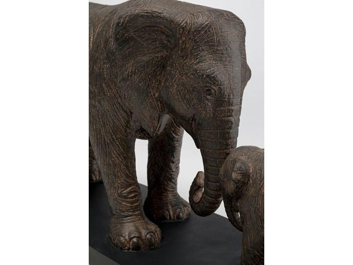 Figurka dekoracyjna Elephant Family 58x31 cm brązowa Kategoria Figury i rzeźby Kolor Szary