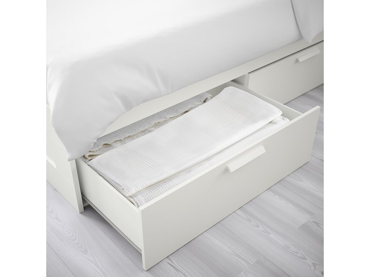 IKEA BRIMNES Rama łóżka z szufladami, biały/Luröy, 140x200 cm Łóżko drewniane Tkanina Kolor Szary