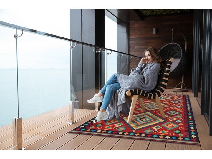 Piękny dywan zewnętrzny Kolorowe trójkąty retro Dywany 80x120 cm Prostokątny Winyl 60x90 cm Kategoria Dywany