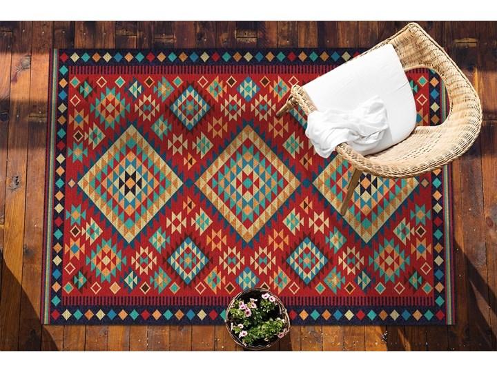 Piękny dywan zewnętrzny Kolorowe trójkąty retro Kolor Czerwony Dywany 80x120 cm Winyl 60x90 cm Prostokątny Pomieszczenie Balkon i taras