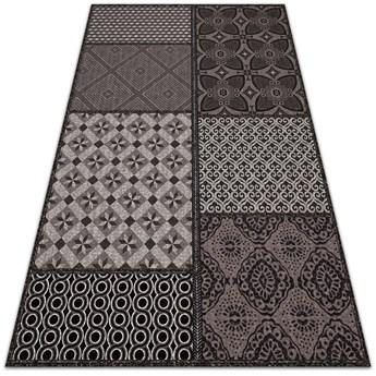 Dywan do domu na taras Kombinacja różnych wzorów