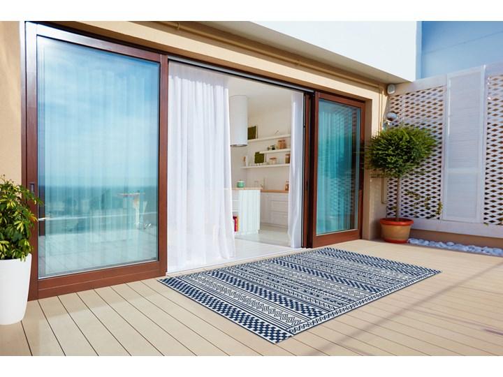 Nowoczesny dywan tarasowy Geometryczny szlaczek Kolor Granatowy 60x90 cm Prostokątny Dywany 80x120 cm Winyl Pomieszczenie Salon