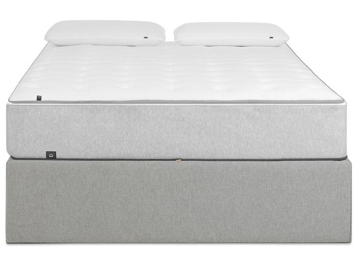 Łóżko Matters 160x200 cm szare Tkanina Drewno Łóżko tapicerowane Zagłówek Bez zagłówka Kategoria Łóżka do sypialni