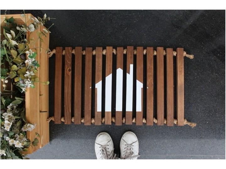 Wycieraczka drewniana Doormat Woodie, 64x40 cm Kolor Beżowy Kategoria Wycieraczki